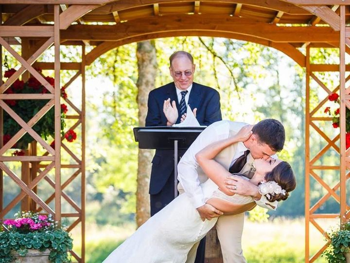 Tmx 1523561283 A302b9302db42aa3 1523561282 42b851c1959b97e6 1523561282183 8 Taylor AlecBrinkma Lakewood, Washington wedding officiant