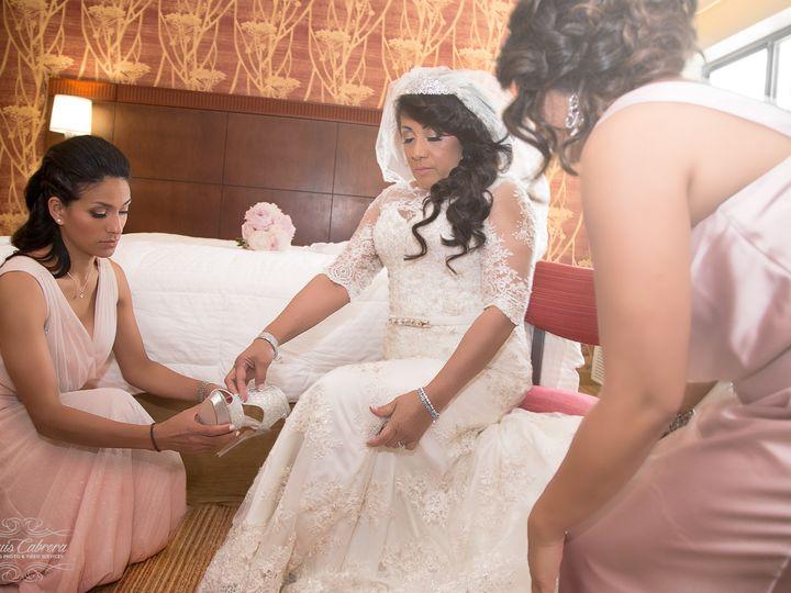 Tmx 1485385576933 30a2141fff0f045c984531849694d4582892f3 Mv2d1800120 Rahway wedding photography