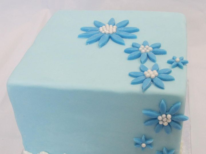 Tmx 1395110897652 Blue Flowers Squar Sauk Rapids wedding cake
