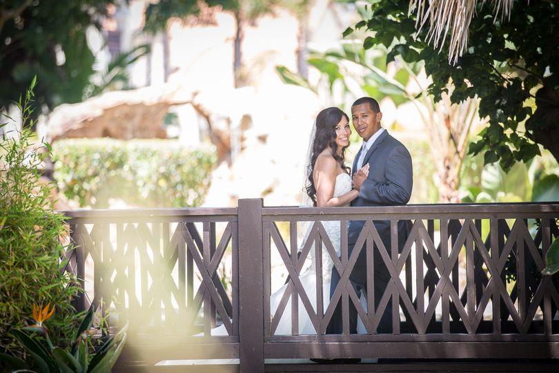 embassy suites mandalay beachoxnard wedding photos