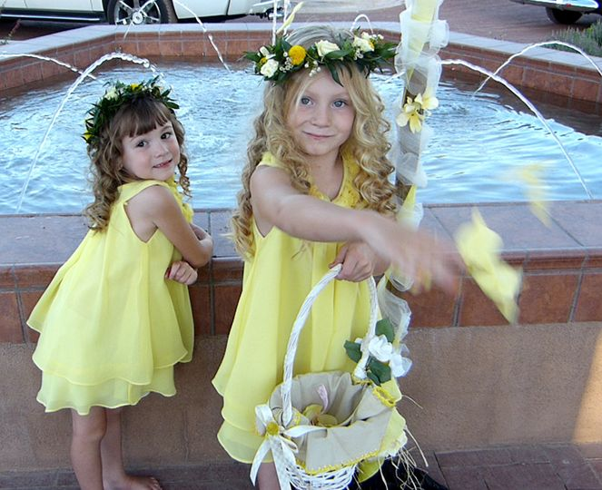 2 precious Flower Girls at El Zocolo Wedding