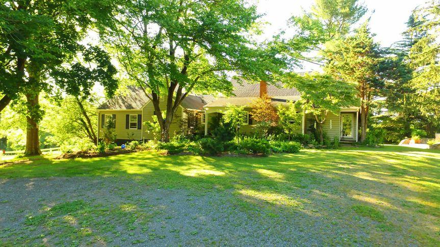 """Historic sharecropper house """"kismet cottage"""""""