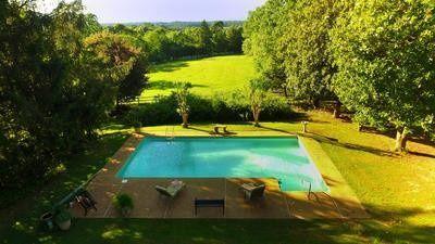 Kismet cottage pool with mountain views