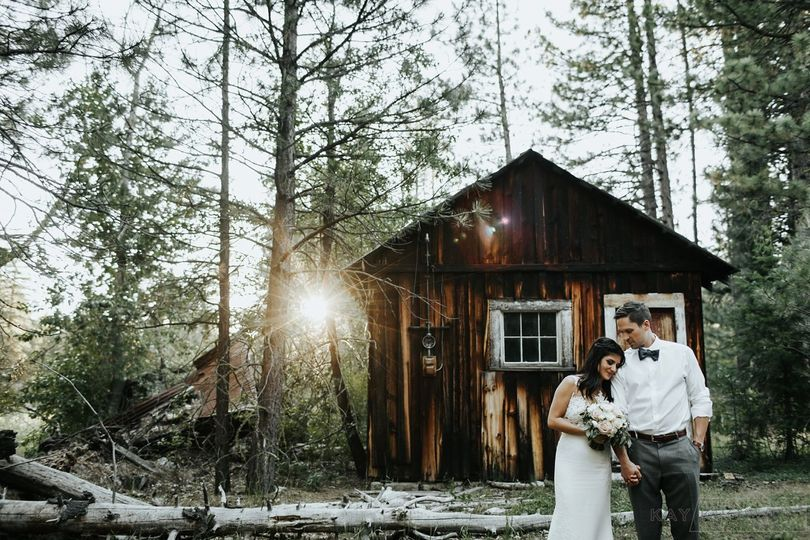 Wedding couple at gold miner's cabin at Twenty Mile House Tahoe/Reno area