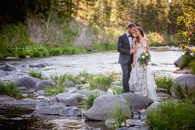 Twenty Mile House wedding  along the middle fork of the Feather River Tahoe/Reno area