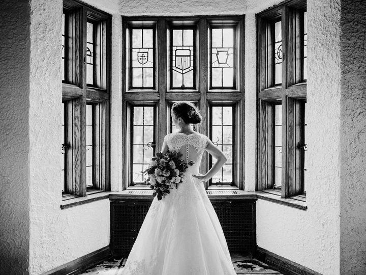 Tmx Lensing21 Elle 51 16406 1572444633 Merion Station, Pennsylvania wedding venue