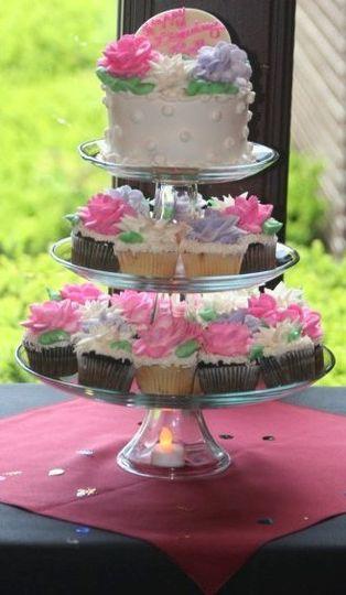 Mini cake and cupcake tree