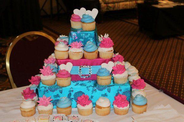Tmx 1302809674783 16831210150373210475582399095640581166232232282499n Albany wedding cake
