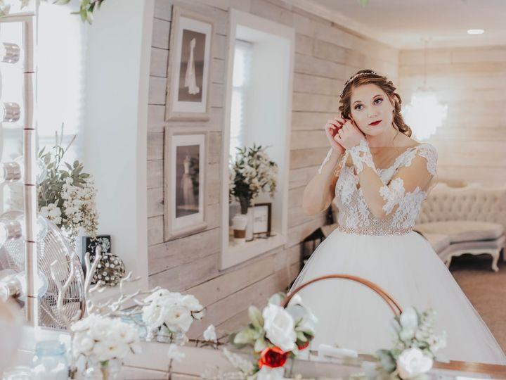 Tmx 89391690 1525211520979825 2483260931321102336 O 51 999406 158826782753616 Anderson, IN wedding venue
