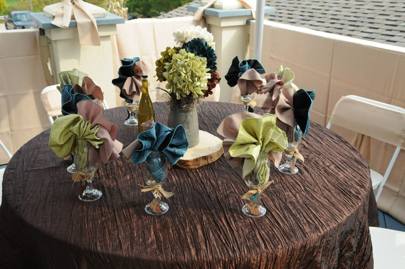 Table linens and centerpieces