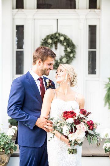 dab81363a7120d0d 1535720125 8e73ac2fd13186dd 1535720120103 5 WeddingWire Images
