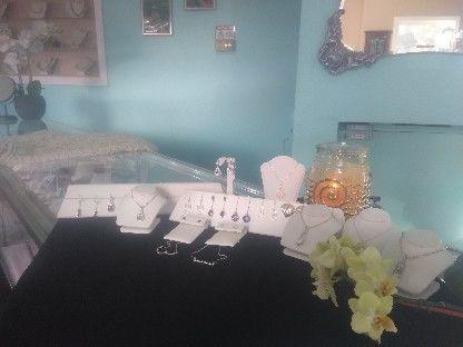 Tmx 1537470068 034b7783f9e36512 1537470068 1d5a7a2f2f124736 1537470067288 3 Display1 Morro Bay, CA wedding jewelry