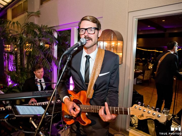 Tmx Charlie Gabe Close Andy Background 51 747506 157670238736702 Los Angeles wedding band