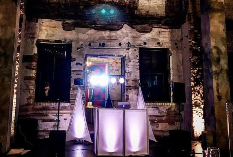 Nora Events Dj Minneapolis Mn Weddingwire