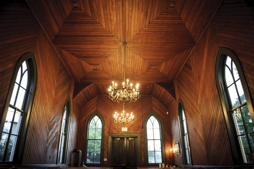 Oaks Pioneer Church interior