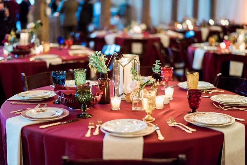 Red table setup | AJ Dunlap Photography
