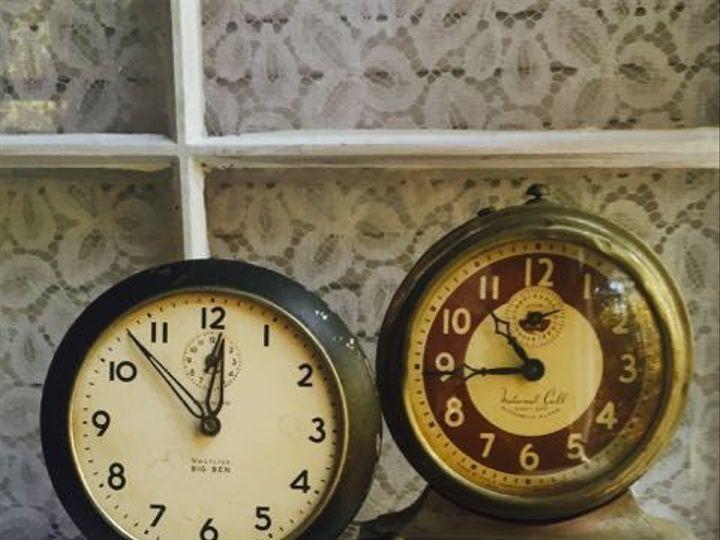 Tmx 1520309346 4dc02d296787d1ea 1520309345 C3e797709aedef00 1520309345129 6 Clocks Trio Hillsborough, North Carolina wedding rental