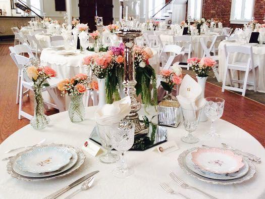 Tmx 1520733806 049565105036c702 1520733805 D5882f6a96a2de28 1520733805691 2 ELegant Gallery Hillsborough, North Carolina wedding rental