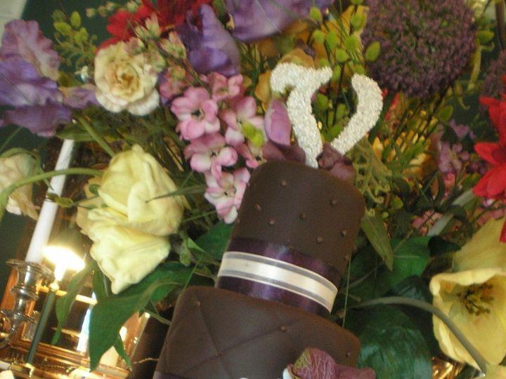 Tmx 1358523896116 Cakes2010392170233432large Galesburg, IL wedding cake
