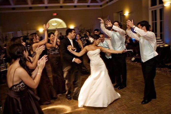 Tmx 1527320714 717970c8c2937559 1527320712 Fd62c3b11431a638 1527320711436 2 2 Charleston, South Carolina wedding dj