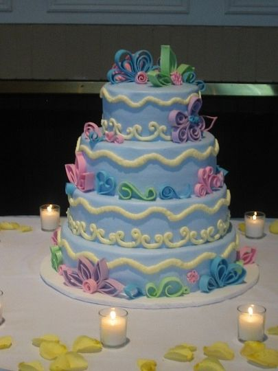 quilled style wed cake