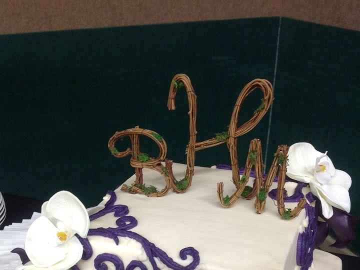 Tmx 1415586172410 Img1755 Adrian wedding cake