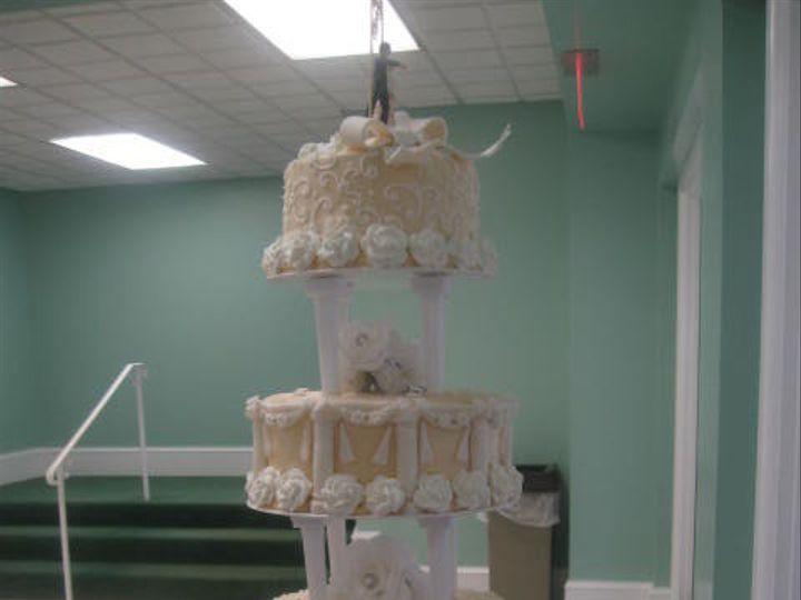 Tmx 1415586230640 July 2012 To Sept 2012 300 Adrian wedding cake
