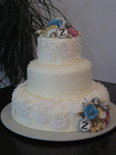 "Handmade sugar ""Antique Jewelry"" Wedding cake"