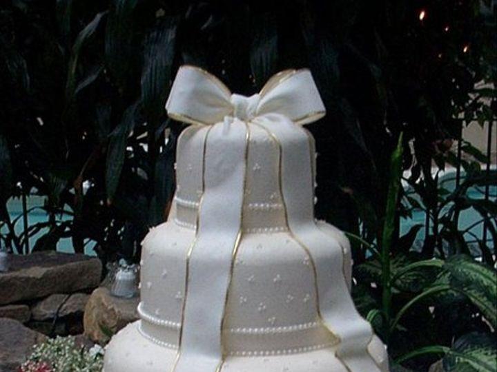 Tmx 1242073134634 Dcp02500ditto61502 Spring Mills wedding cake