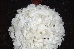 Silk Blossoms & More Wedding Flower Ball & Garland Rentals