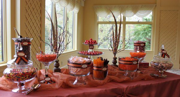 This lovely candy buffet pays homage to autumn without going over the top.  Lovely hues of orange...