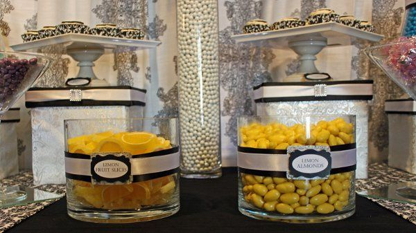 Lemon Almonds and Lemon Fruit slices popped against the black and white.  Risers are also custom...