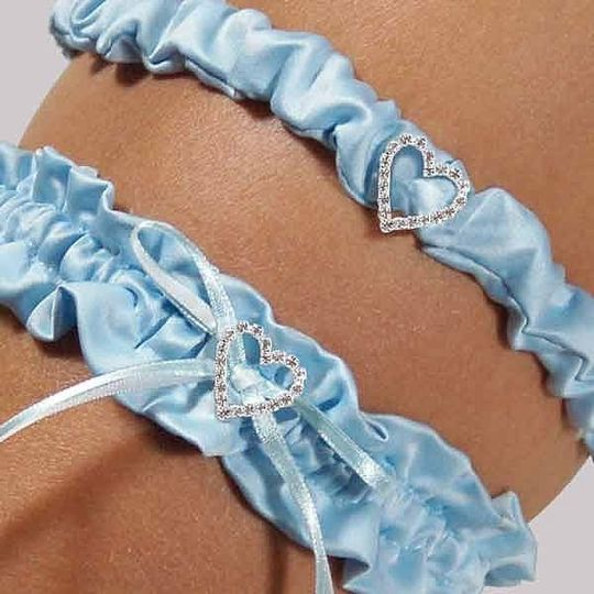 Your 'something blue' has never looked more regal than with our Blue Crush Wedding Garter. Brilliant...