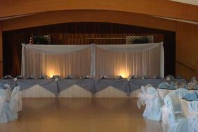 Amor Chair Covers & Balloons