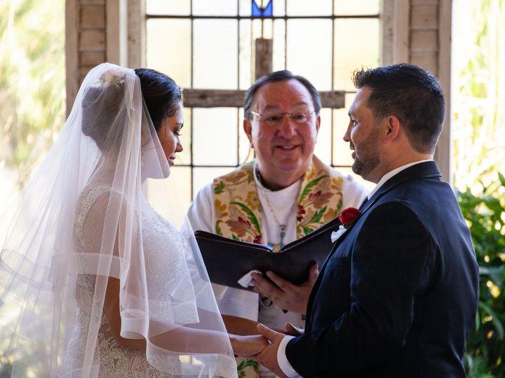 Tmx 4 19 Faustphotography 1 2 50 51 697806 161756821718592 San Antonio wedding officiant
