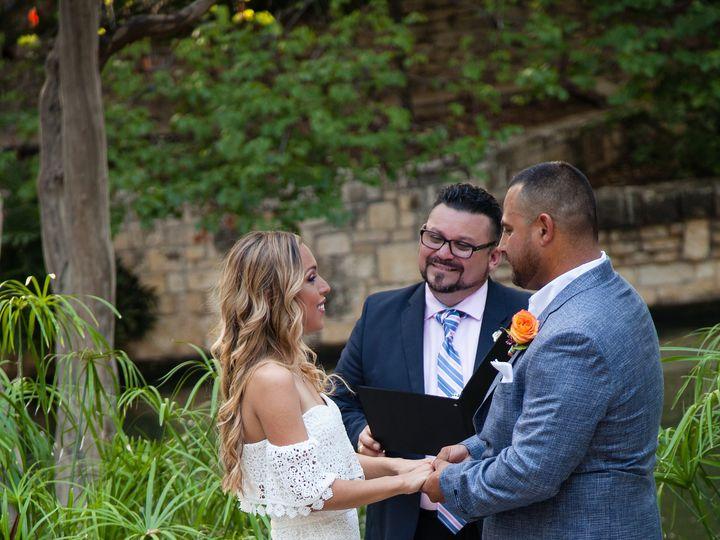 Tmx 7 28 18faustphotography 29 50 51 697806 161756818869647 San Antonio wedding officiant