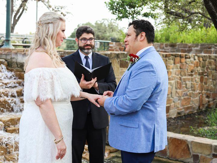 Tmx Img 9227 50 51 697806 161756819428734 San Antonio wedding officiant