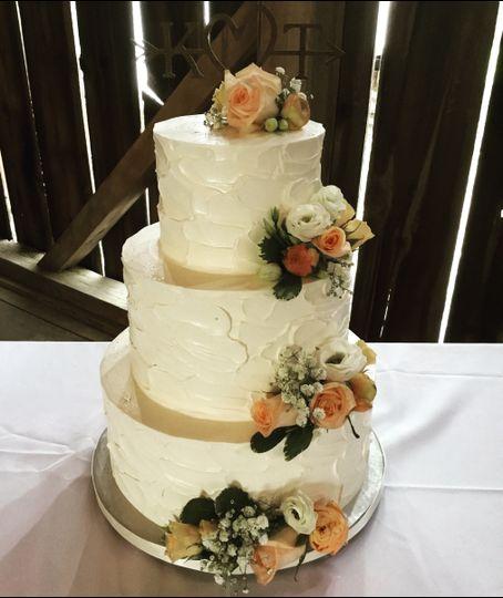 Textured floral wedding cake