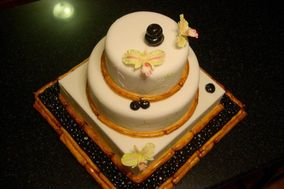 Creative Cakes & Candy