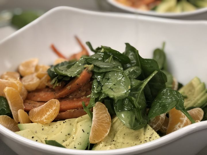 Avocado/roasted carrot salad