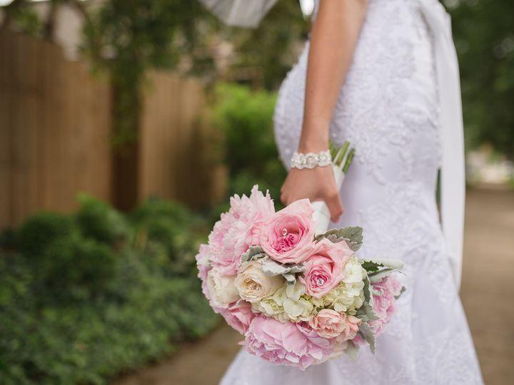 Tmx 1481542476218 Ap160976sm New Albany, Kentucky wedding florist