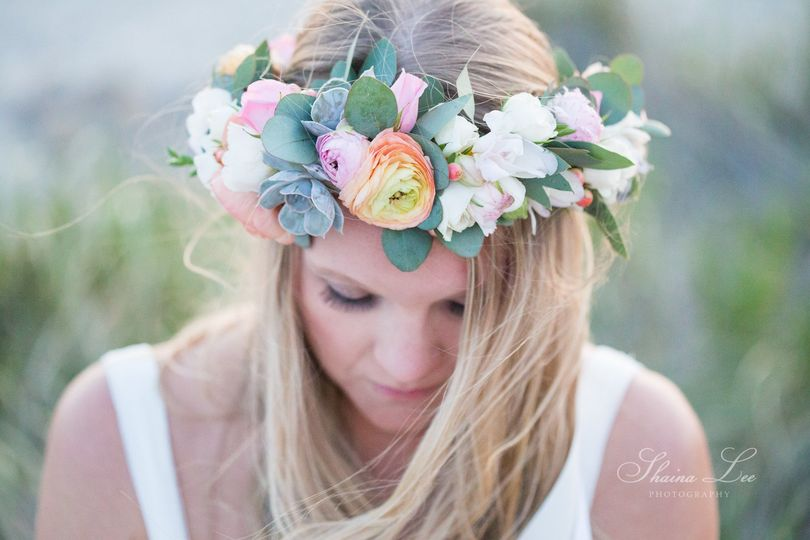 Flower crown | Photo provided by: Shaina Lee Photography and Kristina Staal Photography