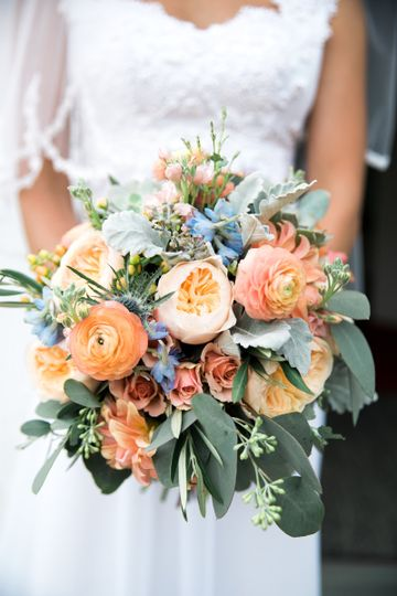 Orange roses | Photo provided by: Constance Schiano Photography