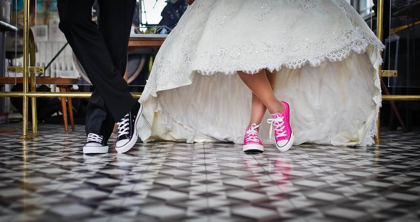 Newlyweds in sneakers