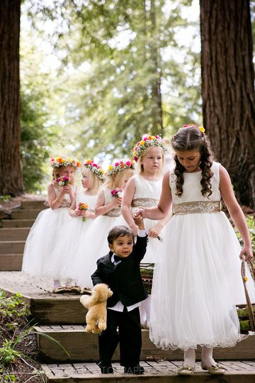 Junior bridal attendants