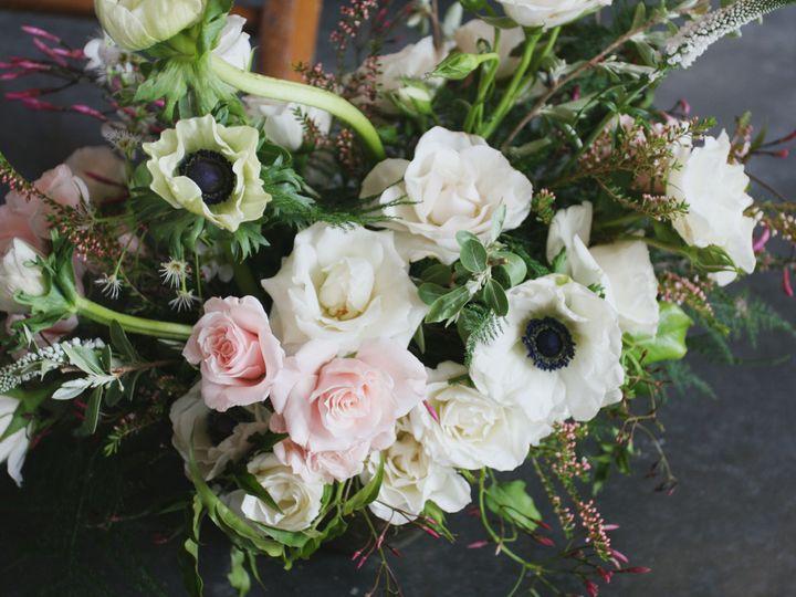 Tmx 1517935601 E7c3b24ee93e7f88 1517935597 93fbff396d515ad4 1517935595046 31 IMG 1236 Kansas City, MO wedding florist