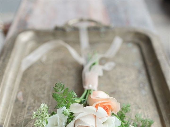 Tmx 1521744782 7d90453eba760c16 1521744780 92d9d2d6a4065f53 1521744779223 3 Web 0020 Battles 6 Hillsborough, North Carolina wedding florist