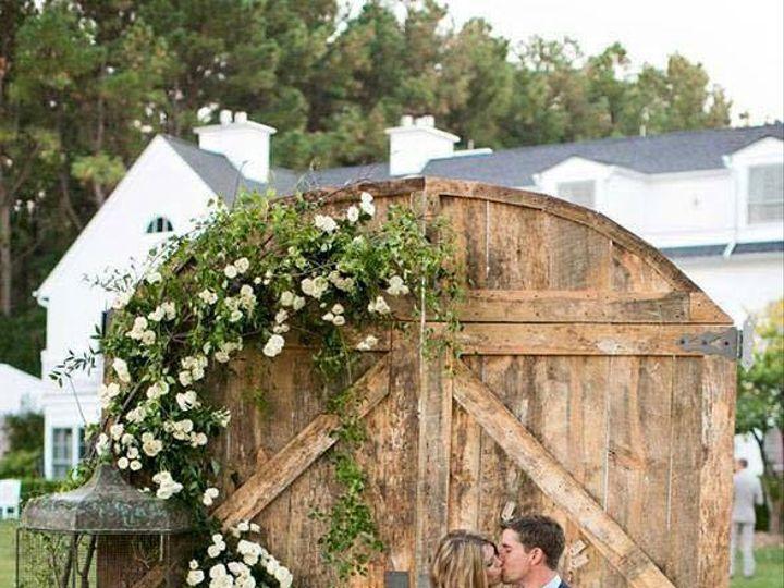 Tmx 1451575749 5e04c04c6026e807 11880334 456685997836200 3415150651387753310 N Rochester wedding florist