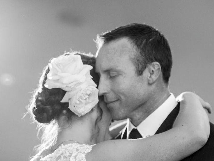 Tmx 1451576404935 121934734776553857392614204845064980130738n Rochester wedding florist