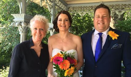 Tulis McCall - New York Celebrant: Wedding Officiant and Interfaith Minister